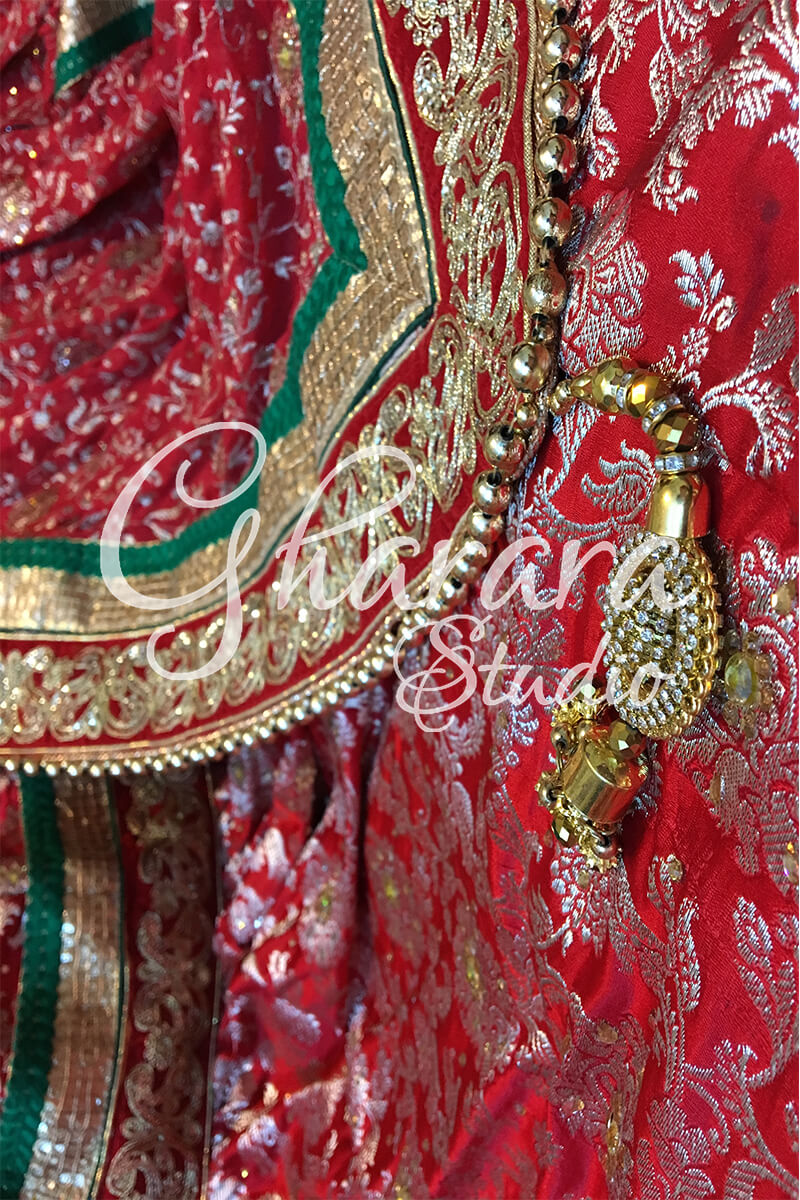 Red Gharara with Green